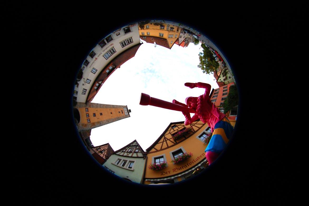 游击女孩-童话幻8 复合媒材 直径60cm