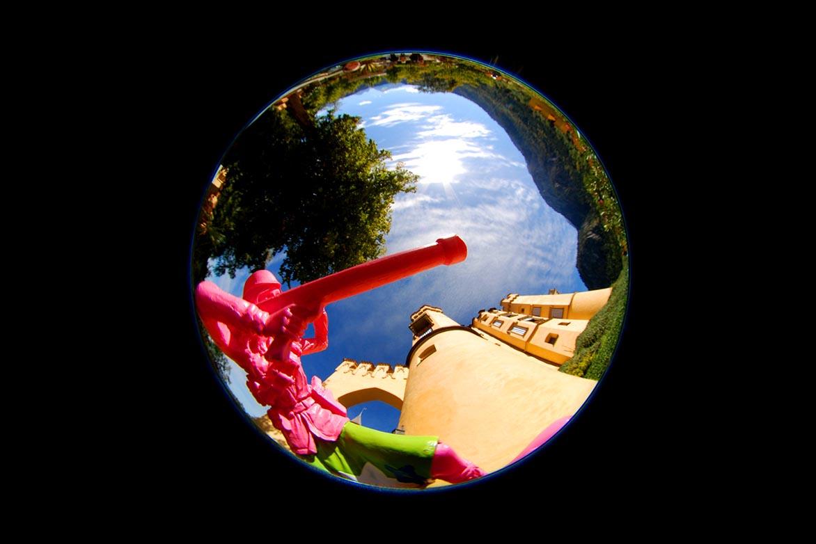 游击女孩-童话幻3 复合媒材 直径80cm