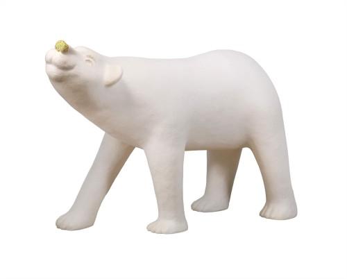 蔡洁莘  彩虹雨村落的北极熊  2016  纸浆丶压克力颜料  115x158x70cm