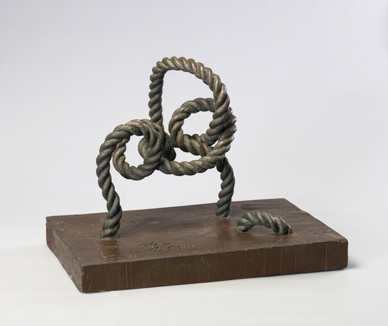 Memory of Tying the Rope Bronze 51x33x40cm