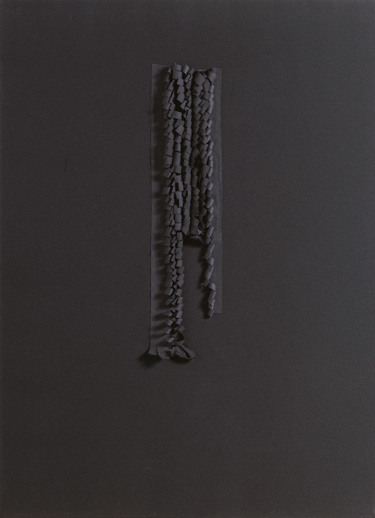 朱為白 微思-黑 綿 84✕59x3.5cm