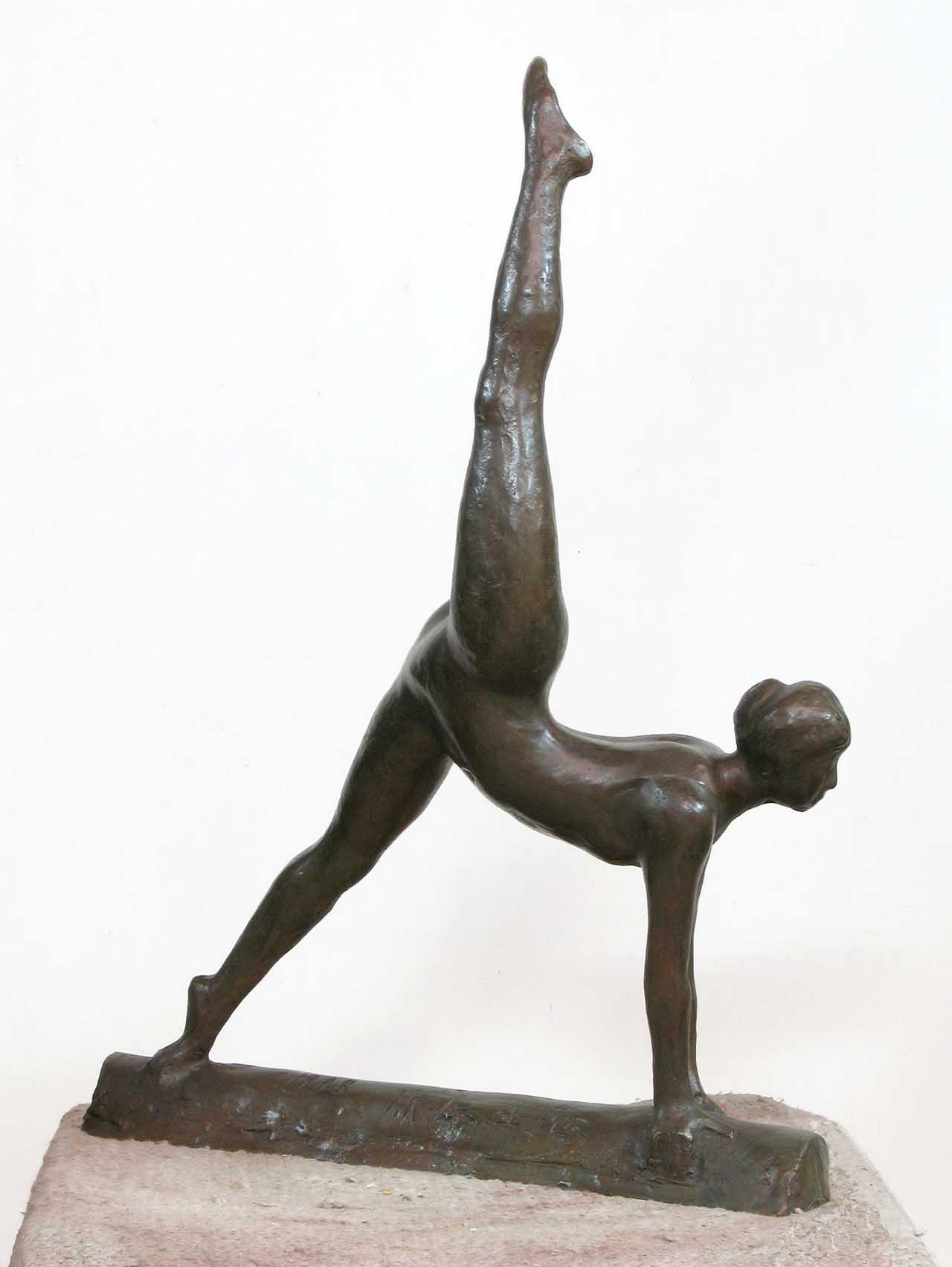 蒲添生 運動系列-2 青銅 58x41x14cm